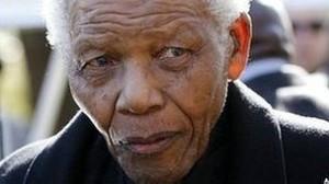 Presidente da África do Sul, Jacob Zuma, diz que estado de mandela piorou nas últimas 24 horas