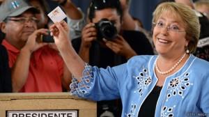 A vitória de Bachelet marca o retorno da esquerda, após quatro anos de governo de centro-direita