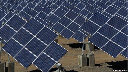 O escritor foi preciso ao prever centrais de energia solar em áreas desérticas
