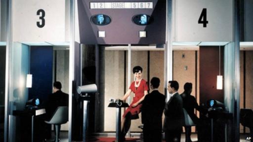 Na Feira Mundial de 1964, havia cabines telefônicas para realizar chamadas de vídeo