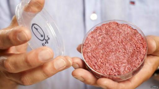 O hamburguer produzido em laboratório foi anunciado por cientistas no ano passado